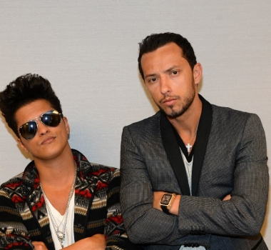 Nenê à la rencontre de Bruno Mars